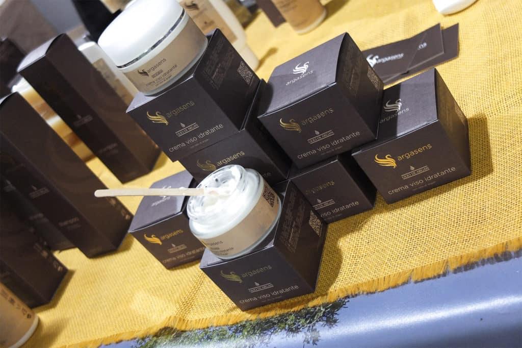 Crema viso idratante Argasens con olio di argan